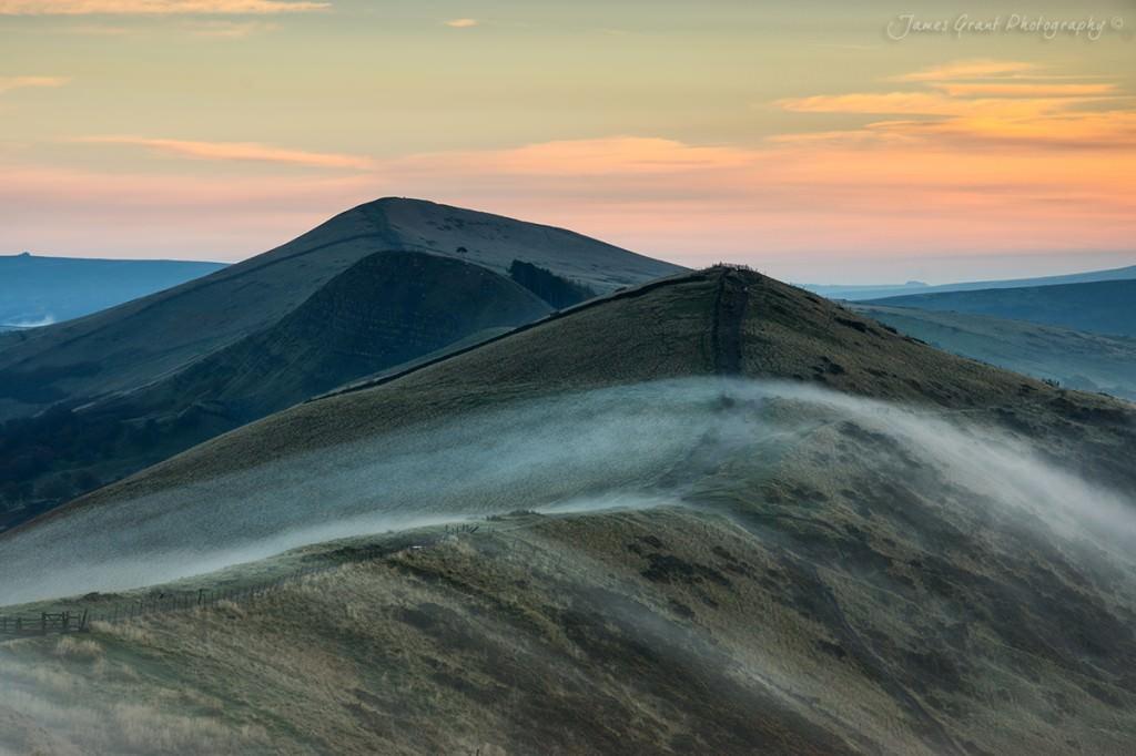 Lose Hill and Back Tor Mist - Peak District