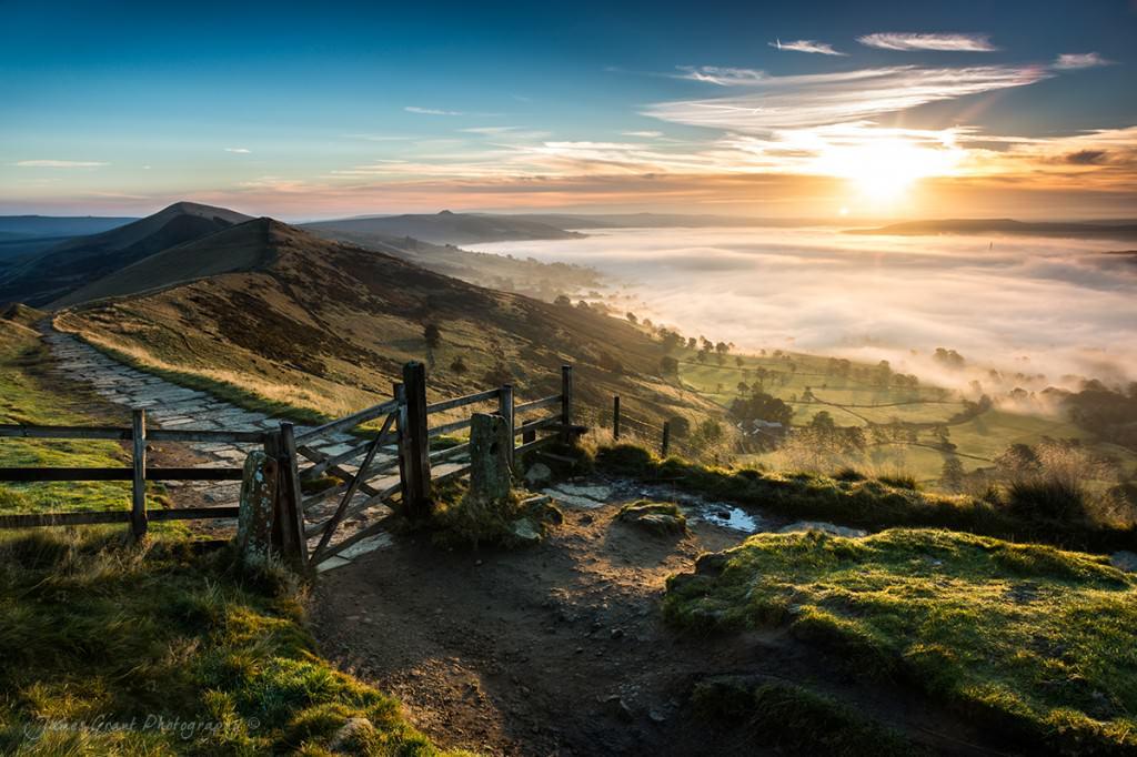 Mam Tor Sunrise - Peak District