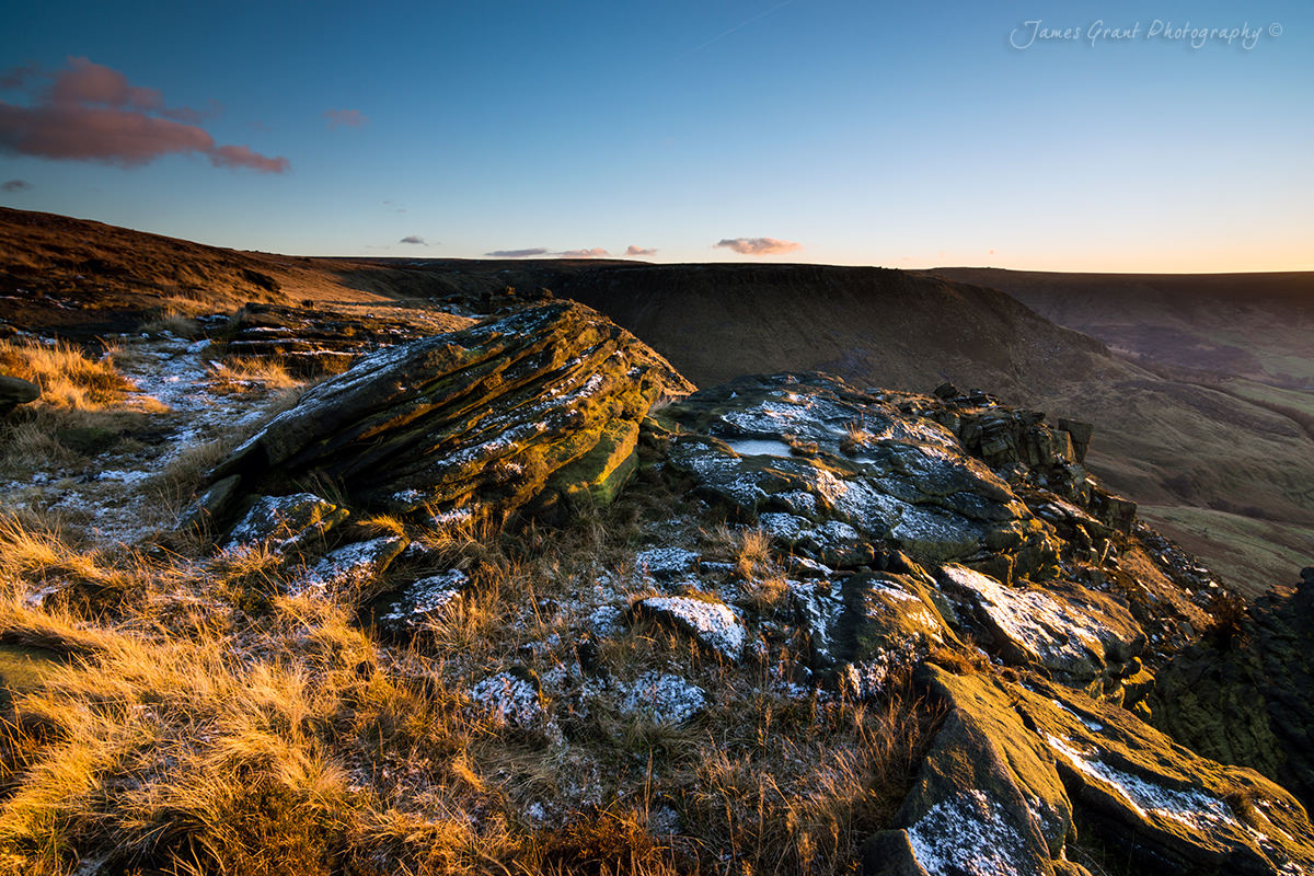 Ashway Rocks to Dovestone Ridge - Saddleworth Moor - Peak District