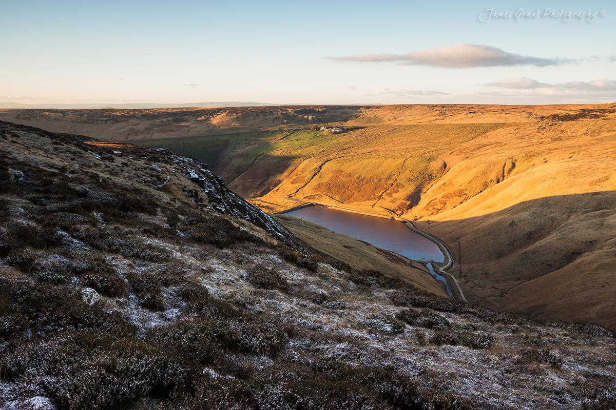 Near Ravenstones looking down to Greenfield Reservoir - Saddleworth Moor - Peak District